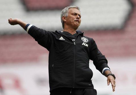 Mourinho a renunţat la un jucător pe care l-a trimis să joace în Bundesliga