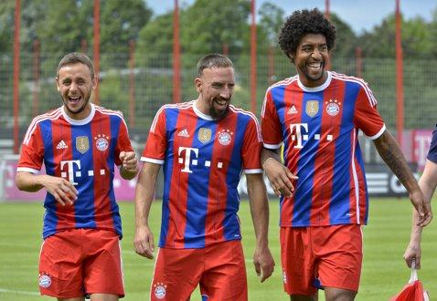 """Ribery, săgeţi către Guardiola: """"Ancelotti ştie cum să se poarte cu jucătorii! Pentru el voi da 150%, nu 100%. De oameni ca el avem nevoie aici..."""""""