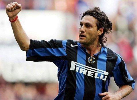 """Incredibil, dar adevărat! """"Bobo"""" Vieri revine în fotbal la 43 de ani! FOTO Cum arată acum atacantul pentru care Inter plătea 49 de milioane de euro în 1999"""