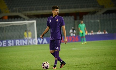 Ianis Hagi, păstrat în lotul primei echipe şi pentru meciul cu Crotone! Are şansa de a juca din nou în Serie A pentru Fiorentina