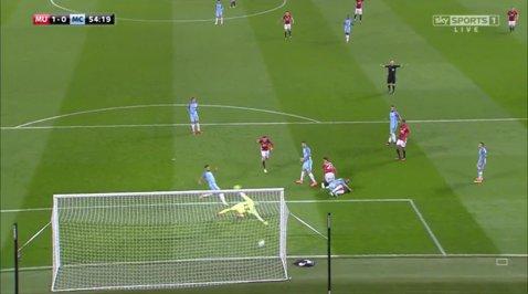 """Mourinho, SALVAT de Mata! """"Specialul"""" şi-a luat revanşa în faţa lui Guardiola, iar City ajunge la o serie de şase meciuri fără victorie"""