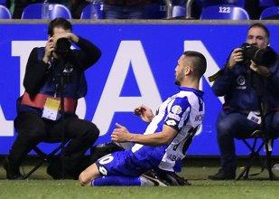 VIDEO | Florin Andone, la un pas de golul etapei în Spania! Românul a reluat în bară, din foarfecă, în Deportivo - Villarreal 0-0