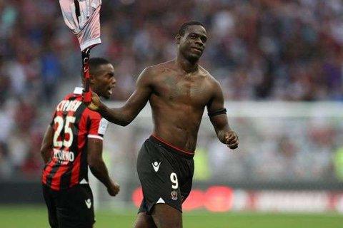 """Balotelli, insultat de suporterii Bastiei: """"Aceşti oameni fac fotbalul de ruşine!"""""""