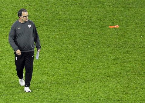 Bielsa a ajuns la un acord cu Lille pentru următoarele două sezoane! De la Lazio a plecat după doar două zile