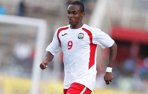 A semnat rezilierea contractului sub ameninţarea armei! Plângerea incredibilă depusă de acest fotbalist la FIFA