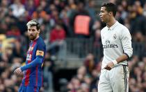 """ULUITOR! Messi dă """"lovitura"""" la ultima fază a meciului! Real Madrid - Barcelona 2-3. Argentinianul a reuşit golul cu numărul 500 în toate competiţiile pentru catalani. Un nou episod spectaculos din El Clasico"""