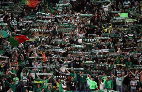 Dramă în Portugalia înainte de derby-ul Sporting - Benfica! Un fan a murit după ce a fost prins în conflictul dintre ultraşii celor două rivale
