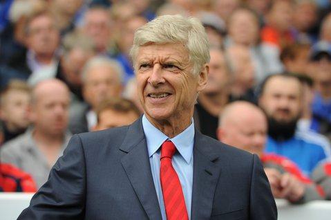 """Arsenal ratează grupele Champions League, Wenger rezistă! Englezii anunţă că """"tunarii"""" îl vor încă doi ani pe francez"""