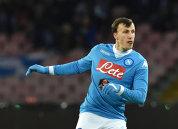 Napoli a refuzat o nouă ofertă pentru Chiricheş! Clubul din Serie A care l-a dorit pe fundaşul român