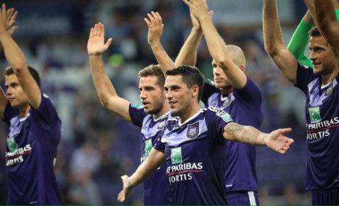 Anderlecht – Waregem 2-1, în Supercupa Belgiei. O nouă performanţă reuşită cu Stanciu şi Chipciu pe teren: cei doi români au pus mâna pe un nou trofeu, după ce au câştigat campionatul