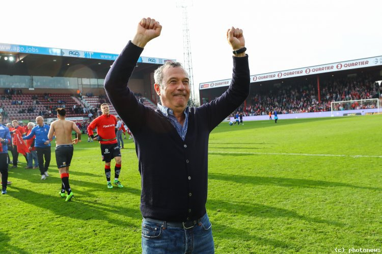 VIDEO | Mircea Rednic s-a dezlănţuit după victoria cu Brugge! Antrenorul român a dansat în faţa galeriei