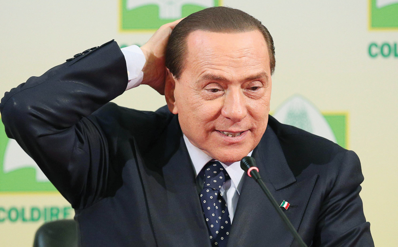 """Berlusconi, cuvinte grele la adresa investitorilor de la Milan: """"Cu toţi banii n-au putut cumpăra un jucător de top! Explicaţi-mi cum?!"""""""