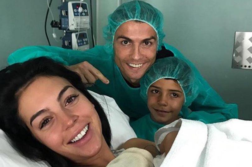 Cristiano Ronaldo a devenit tată pentru a patra oară