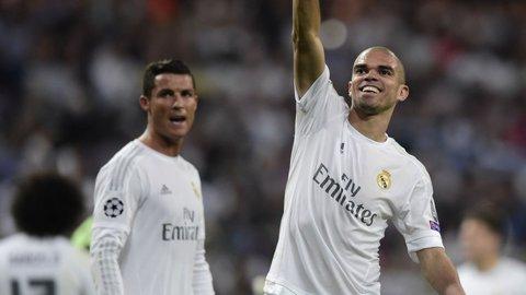 """Ai avea curaj să pleci cu Pepe din Centrul Vechi? """"Dacă n-ar fi ajuns fotbalist, ar fi devenit taximetrist"""""""