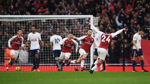 Arsenal s-a impus fără emoţii în derby-ul cu Tottenham. Alexis Sanchez a revenit în lumina reflectoarelor