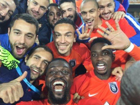 """Umilit şi ironizat! Latovlevici a trăit din teren """"ruşinea"""" din Başakşehir - Galatasaray 5-1. Adversarii se amuză: """"Încercăm să progresăm în fiecare an"""". Pasă de gol pentru român"""