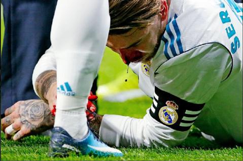 """Decizia luată de Ramos, după ce rivalii de la Atletico i-au spart nasul: """"Aş mai sângera de o mie de ori pentru acest tricou!"""""""