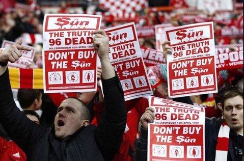 """Decizie istorică în Anglia! Cotidianul """"The Sun"""" a primit """"interzis"""" într-un lanţ de magazine din Liverpool"""