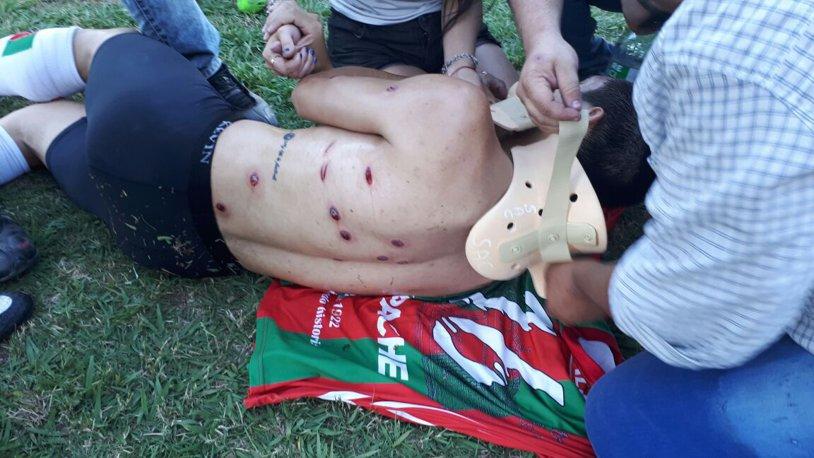 ŞOCANT! Incidente grave la un meci din Argentina. FOTO | Fotbaliştii, împuşcaţi pe teren de forţele de ordine
