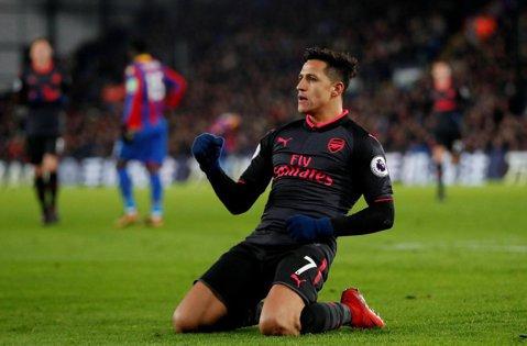 """Răsturnare de situaţie! Alexis Sanchez, aproape """"deturnat"""" din drumul spre Manchester City. Clubul care se pregăteşte să dea lovitura perioadei de mercato"""