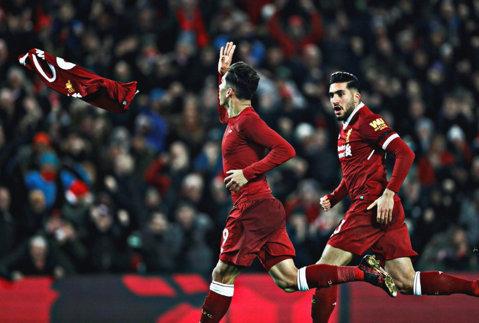 Thriller pe Anfield! VIDEO | Liverpool şi City au oferit cel mai NEBUN meci al sezonului din Premier League. Goluri FABULOASE înscrise de Mane, Firmino şi Salah