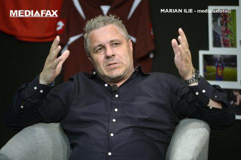 """Transfer de marcă pentru Şumudică! """"A semnat pe 3 ani şi jumătate"""". """"Cadoul"""" şefilor lui Kayseri, după ce l-au ratat pe Ioniţă şi l-au refuzat pe Grozav"""
