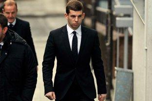 Tribunalul a decis! Ce păţeşte acest tânăr celebru, după ce şi-a bătut iubita