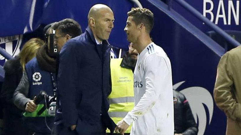 Real, egal dramatic cu Levante. FOTO   Cristiano Ronaldo şi momentele serii: de la aroganţă la dezamăgire în doar câteva minute. Ce a făcut CR7 după ce a fost schimbat de Zidane