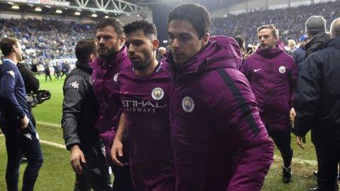 Aguero pledează nevinovat după ce a lovit un suporter la finalul meciului cu Wigan! Atacantul susţine că a fost provocat