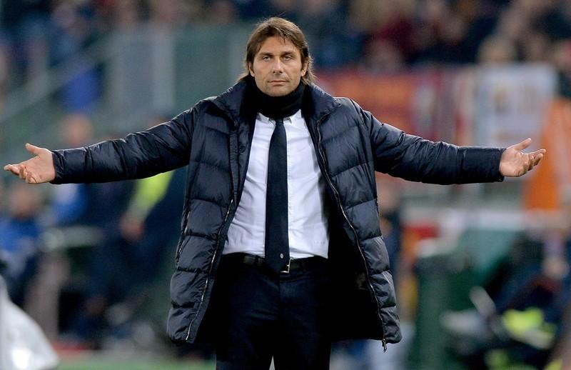 """Rămâne chiar dacă spune """"adio"""" Ligii! Presa din Anglia a scris despre viitorul lui Antonio Conte la Chelsea"""
