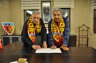 Preşedintele lui Kayserispor i-a transmis un mesaj clar lui Şumudică după scandalurile în care a fost implicat antrenorul în Turcia. Ce i-a cerut