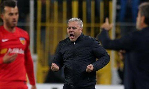 VIDEO | Nebunie în Turcia! Lung junior a fost eliminat, Săpunaru a intrat în poartă şi a luat gol. Kayseri, la a treia înfrângere din ultimele cinci meciuri. Cât s-a terminat partida cu Konyaspor
