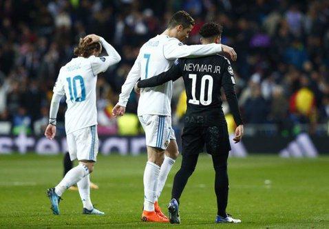 FOTO | Neymar i-a pus pe jar pe fani! Starul PSG-ului s-a întâlnit cu un fotbalist de la Real Madrid în Brazilia