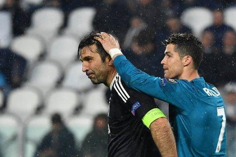 """Reacţia """"world class"""" a lui Ronaldo, după ce Buffon a fost eliminat pentru prima dată în carieră într-un meci din Liga Campionilor"""
