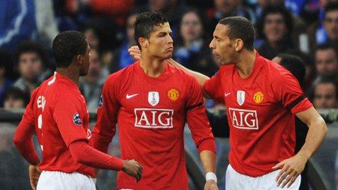 """""""Noi am râs toţi, dar el..."""". Patrice Evra a povestit un episod care vorbeşte de la sine despre Ronaldo: """"Ăsta e Cristiano! Haideţi să vă spun ce s-a întâmplat când Rio Ferdinand l-a bătut la tenis de masă"""""""