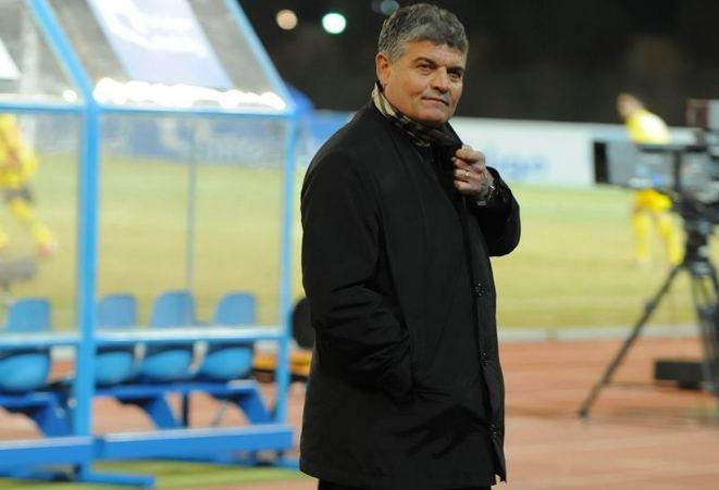 VIDEO Andone, speriat de bulgari! Fanii lui ŢSKA Sofia au provocat suspendarea meciului cu Mezdra