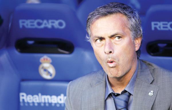 """Fără aroganţele lui, fotbalul ar fi mai sărac! VIDEO TOP 10 momente de nebunie marca """"Mourinho""""!"""