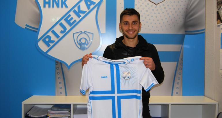 FOTO | Cel mai căutat fotbalist român şi-a găsit echipă. Florentin Matei a fost deja prezentat oficial la noul club