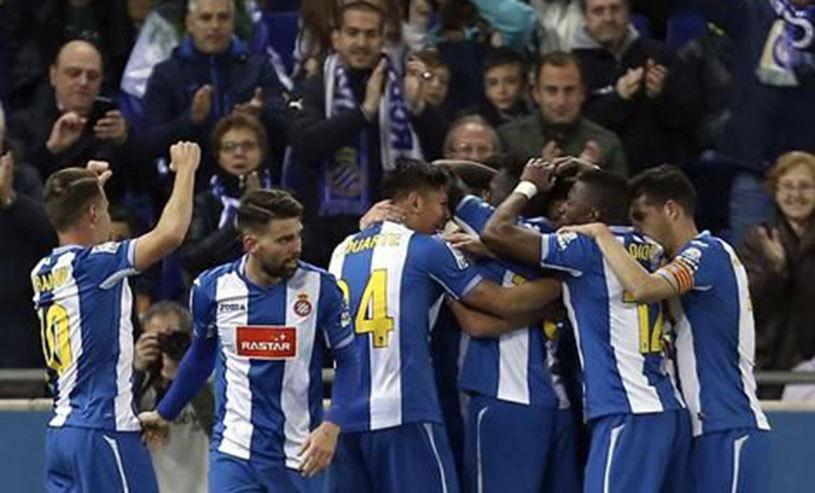 Victorie vitală pentru Gâlcă, după un meci-spectacol! Gijon - Espanyol 2-4. Catalanii au revenit de la 0-1 şi au urcat până pe locul 13