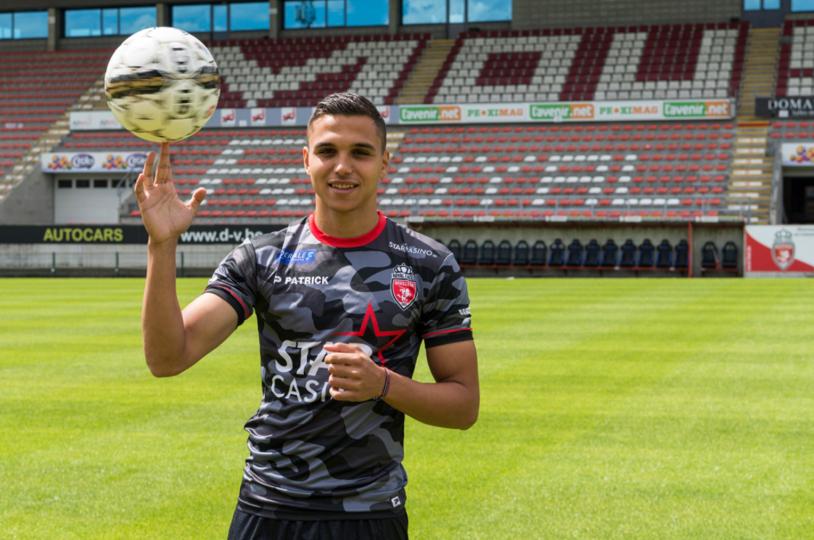 Românul renegat în Belgia prinde transferul care i-ar putea relansa cariera. Ofertă de ultim moment din Serie A pentru cel mai tânăr debutant din naţională