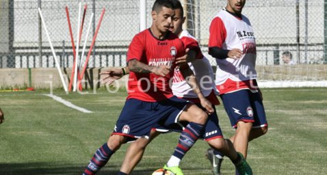 S-a reîntors pe terenul de fotbal după 90 de zile. Atacantul român a impresionat la antrenamentele echipei din Serie A