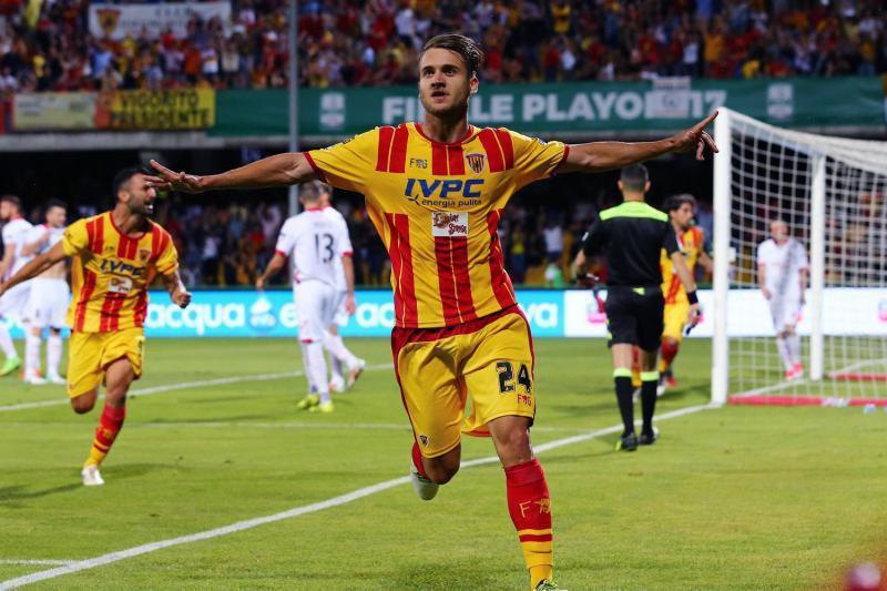 Curg ofertele pentru Puşcaş! Revelaţia sezonului din Serie A îl vrea pe atacantul român