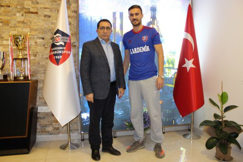 Lui nu i-a spus nimeni? Marius Alexe a semnat cu Karabukspor, după ce restul românilor au părăsit clubul