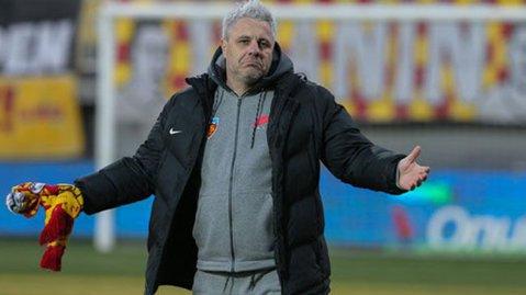 """Şumudică a vorbit după meciul cu peripeţii din Antalya. Tehnicianul român a fost mai supărat pe Săpunaru&Co decât pe suporterii care i-au cerut socoteală: """"Nu poţi să joci aşa"""""""