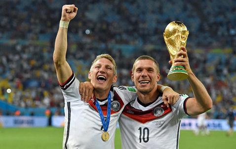 Bastian Schweinsteiger va fi noul căpitan al naţionalei Germaniei