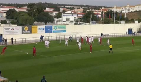 Puştiul minune al fotbalului portughez, gol senzaţional, din lovitură liberă   VIDEO