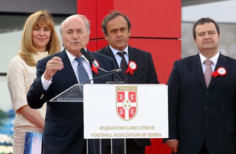 Comisia Electorală a FIFA a validat patru candidaturi pentru funcţia de preşedinte