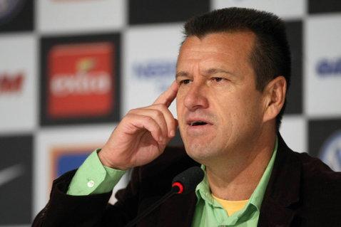 Dunga a preluat şi conducerea echipei olimpice a Braziliei