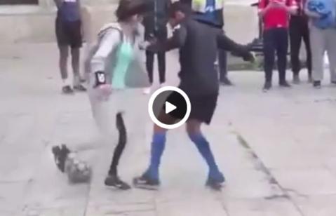 Femeile nu ştiu fotbal? VIDEO | Ameţeşti doar dacă te uiţi la ea: incredibil de ce e în stare această puştoaică