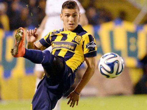 Jonas Aguirre a reuşit golul carierei. VIDEO | Lob minunat, contra lui River Plate